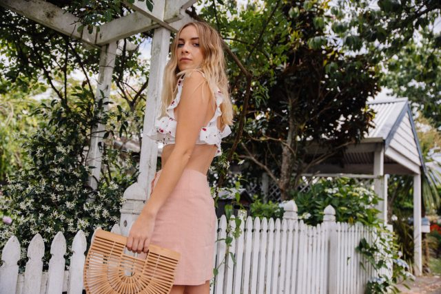 Reliquia Jewellery Starsign Necklace, Are You Am I Choker, Princess Polly Lioness Slave For You Crop, Pink Linen Skirt | StolenInspiration.com NZ Fashion & Travel Blog 7