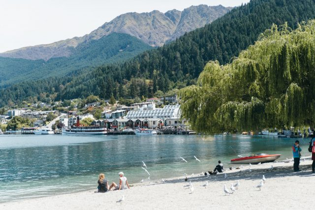 Queenstown, Oliver's Clyde, Dazie The Label, The Iconic | StolenInspiration.com NZ Fashion & Travel Blog 2