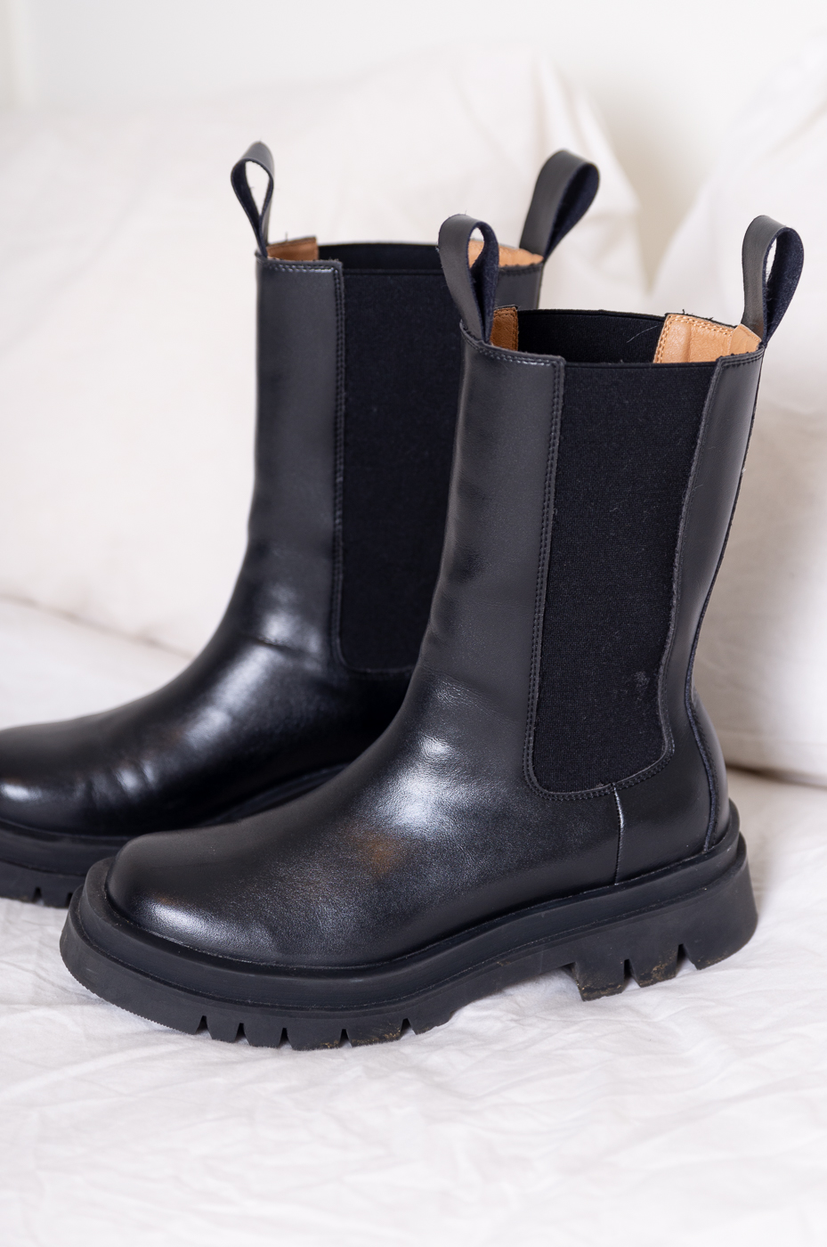 High Chelsea Black Winter Boots
